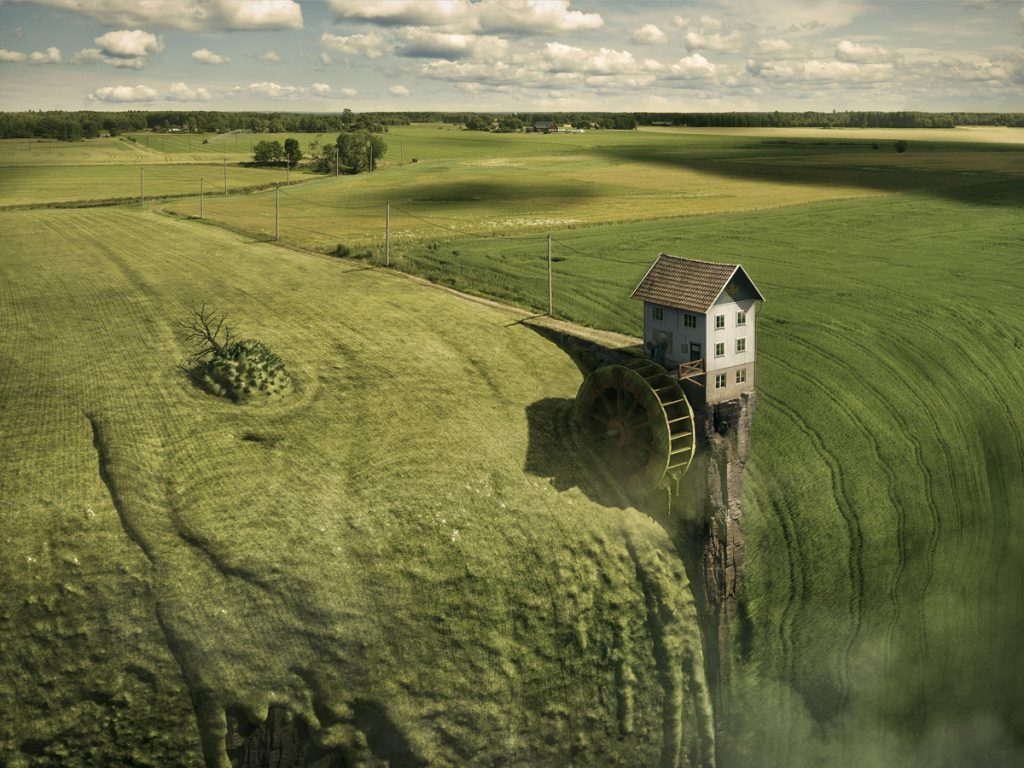 © Copyright 2015, Erik Johansson All rights reserved.
