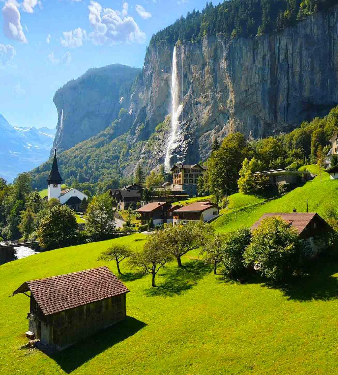 Foss ved Lauterbrunnen i Sveits