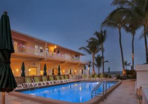 10. Windjammer Resort, Lauderdale by the Sea