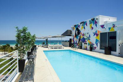 18. Suites at Congress Ocean Drive, Miami