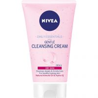 Daily Essentials Dry Skin, 150 ml Nivea Ansiktsrengjøring