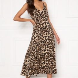 Sandra Willer X Bubbleroom Slit dress Leopard 36