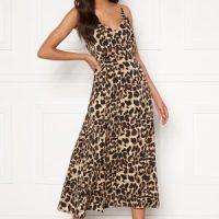 Sandra Willer X Bubbleroom Slit dress Leopard 42