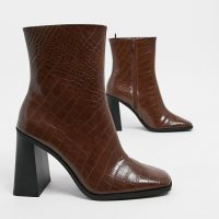 Monki Robbie faux leather heeled boots in brown croc
