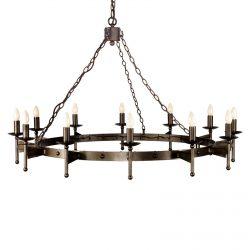 Middelaldersk CROMWELL lysekrone med tolv lys