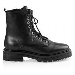 Sally -boot