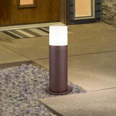 Sokkellampe Hoosic av trykkstøpt aluminium, rust