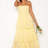 Moments New York Vera frill gown Light yellow 34