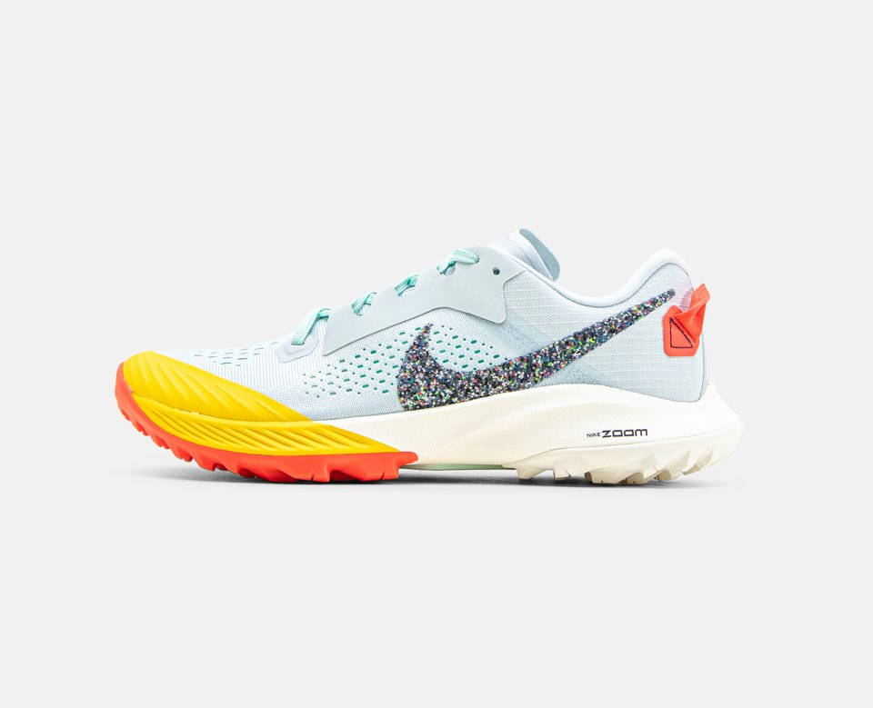 Dame: Nike Air Zoom Terra Kiger 6