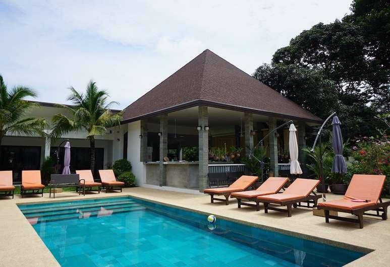 Lotus Bleu Resort & Restaurant