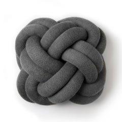 Design House Stockholm Knot Pute Grå