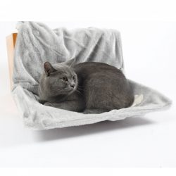 Katteseng: Grå hengeseng til gelender, sofa el.l.