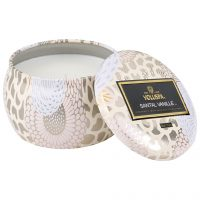 Boxed Scalloped Edge Candle, 113 g Voluspa Duftlys