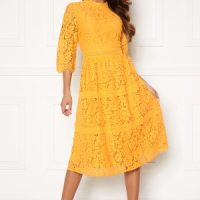 Happy Holly Madison lace dress Yellow 42
