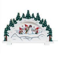 Broderi Nissen bygger snømann